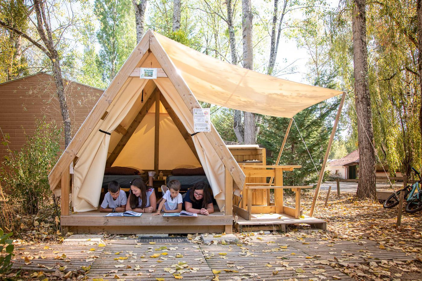 Camping Sites Et Paysages Les Saules Cheverny Sous La Tente (2)