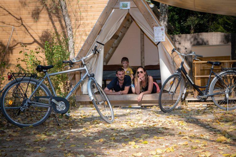 Camping Sites Et Paysages Les Saules Cheverny Tente Parent Famille (2)