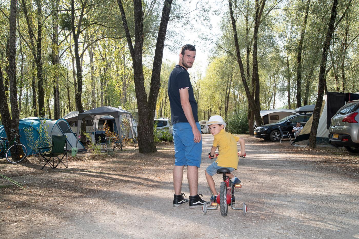 Camping Sites Et Paysages Les Saules Cheverny Velo
