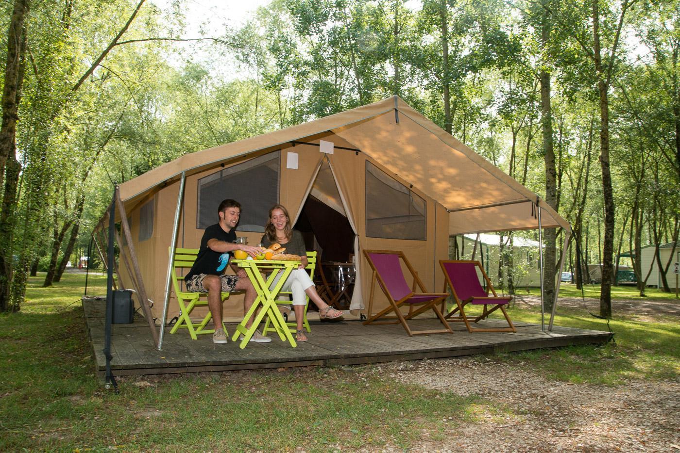 Camping Sites Et Paysages Les Saules à Cheverny Loire Valley Vacances En Cabatente (1)