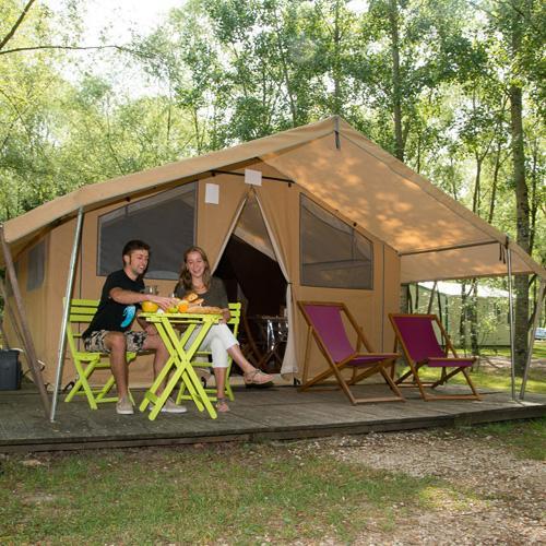 Camping Sites Et Paysages Les Saules à Cheverny Loire Valley Vacances En Moto